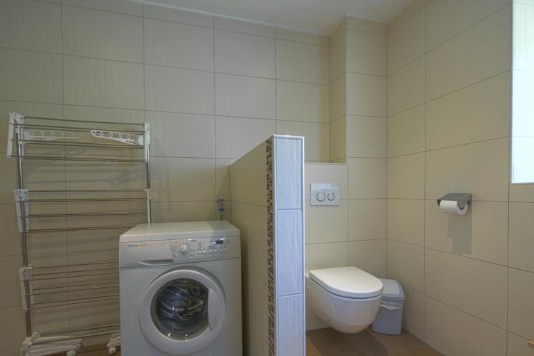 Ferienwohnung Waldner Badezimmer